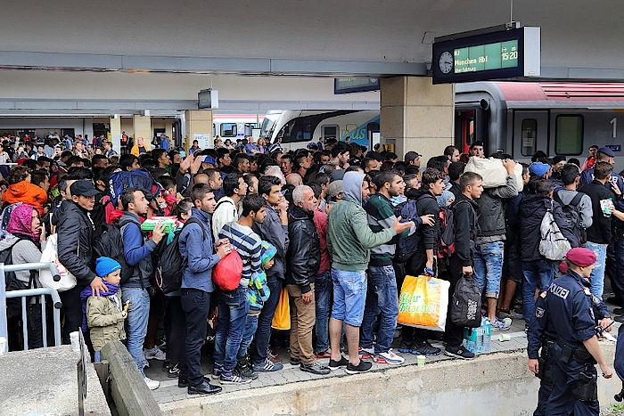 Wien Westbahnhof Flüchtlinge